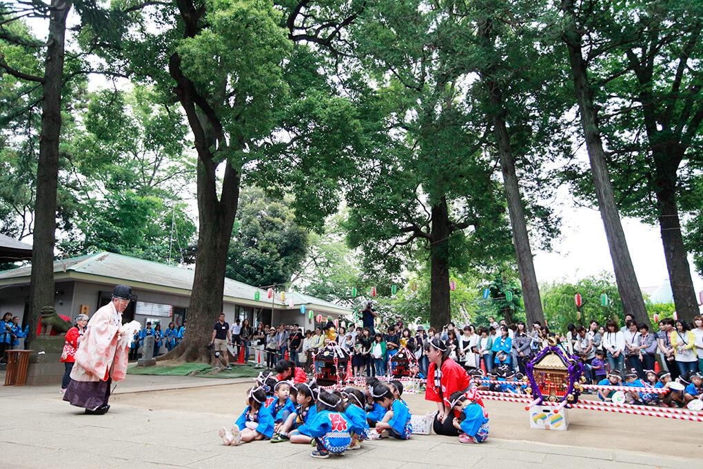 神社お祭り写真